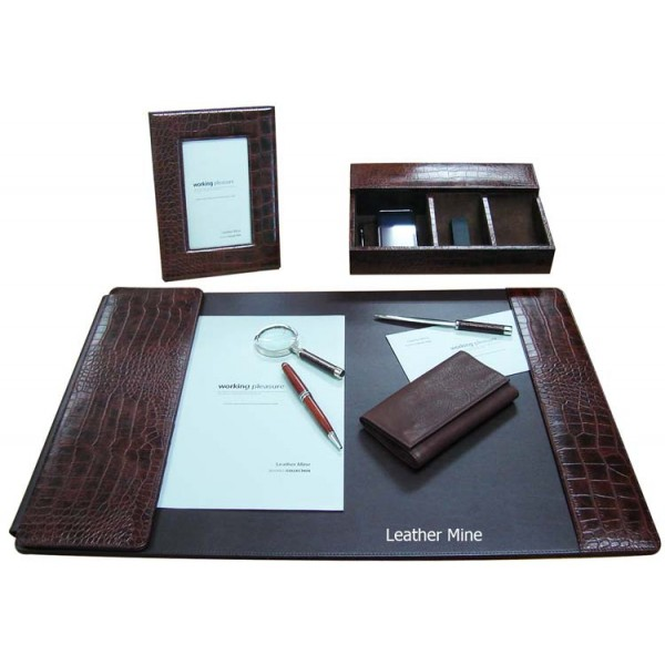 Desk set brown croco