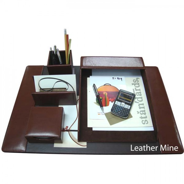 DS113 : Desk Set