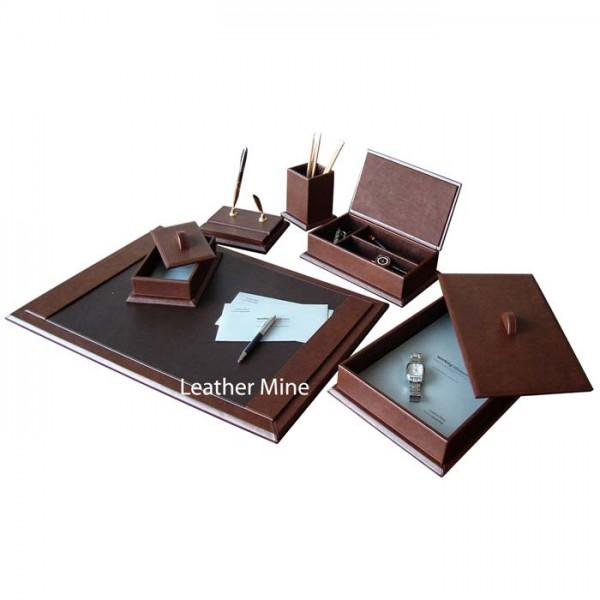 DS117 : Desk Set