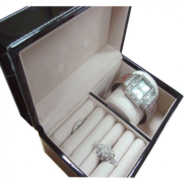C0393_1 Ring and watch Box