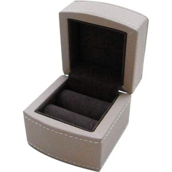 W0157 cream ring box